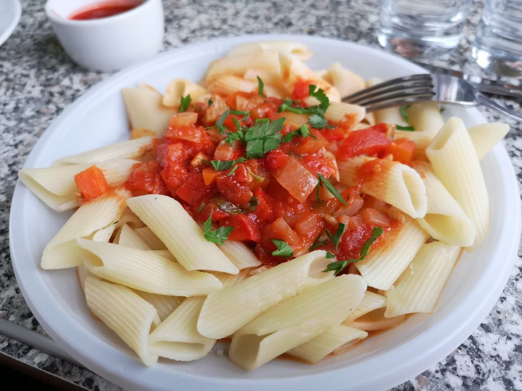 Pasta with Vegetables Sauce